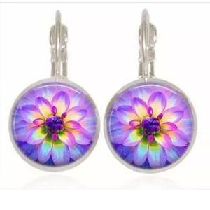 BEAUTIFUL! lotus flower glass silver earrings